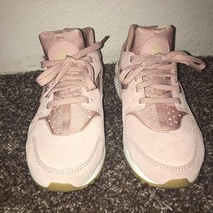 pink suede huraches